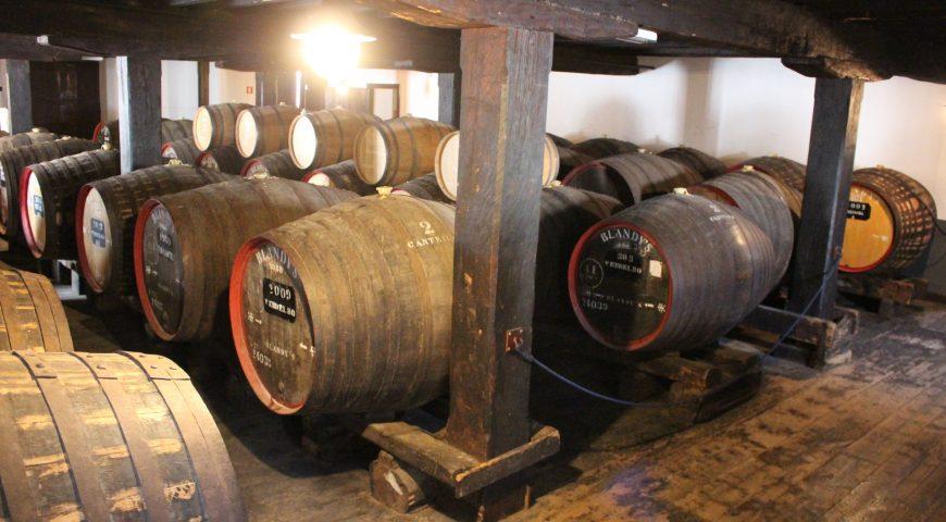 madeira wine tour, madeira wine funchal, madeira wine abv, madeira wine institute, where does madeira wine come from, madeira wine museum, madeira wine Portugal, madei